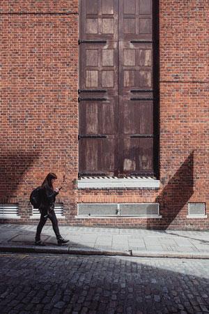 foreclosure cleaning sidewalk